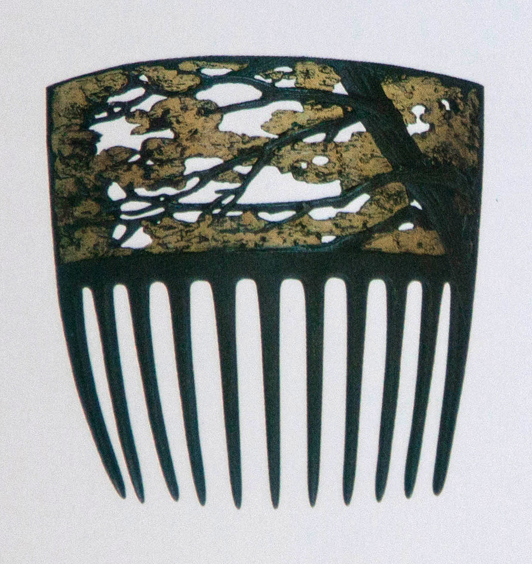 barbaraanneshaircombblog1-lalique-tree-branches-comb-1900-clairlafontaine